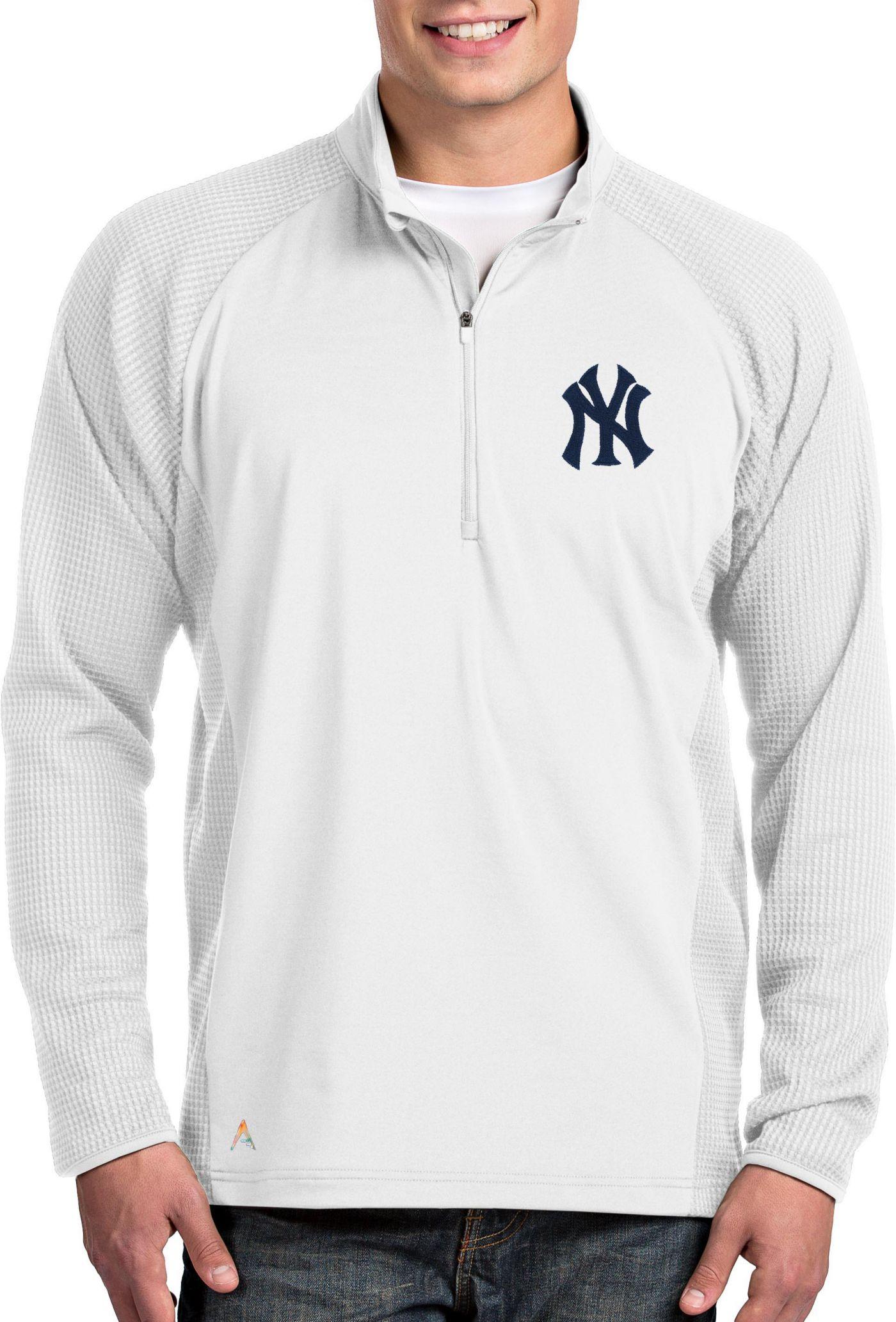 Antigua Men's New York Yankees White Sonar Performance Quarter-Zip Pullover