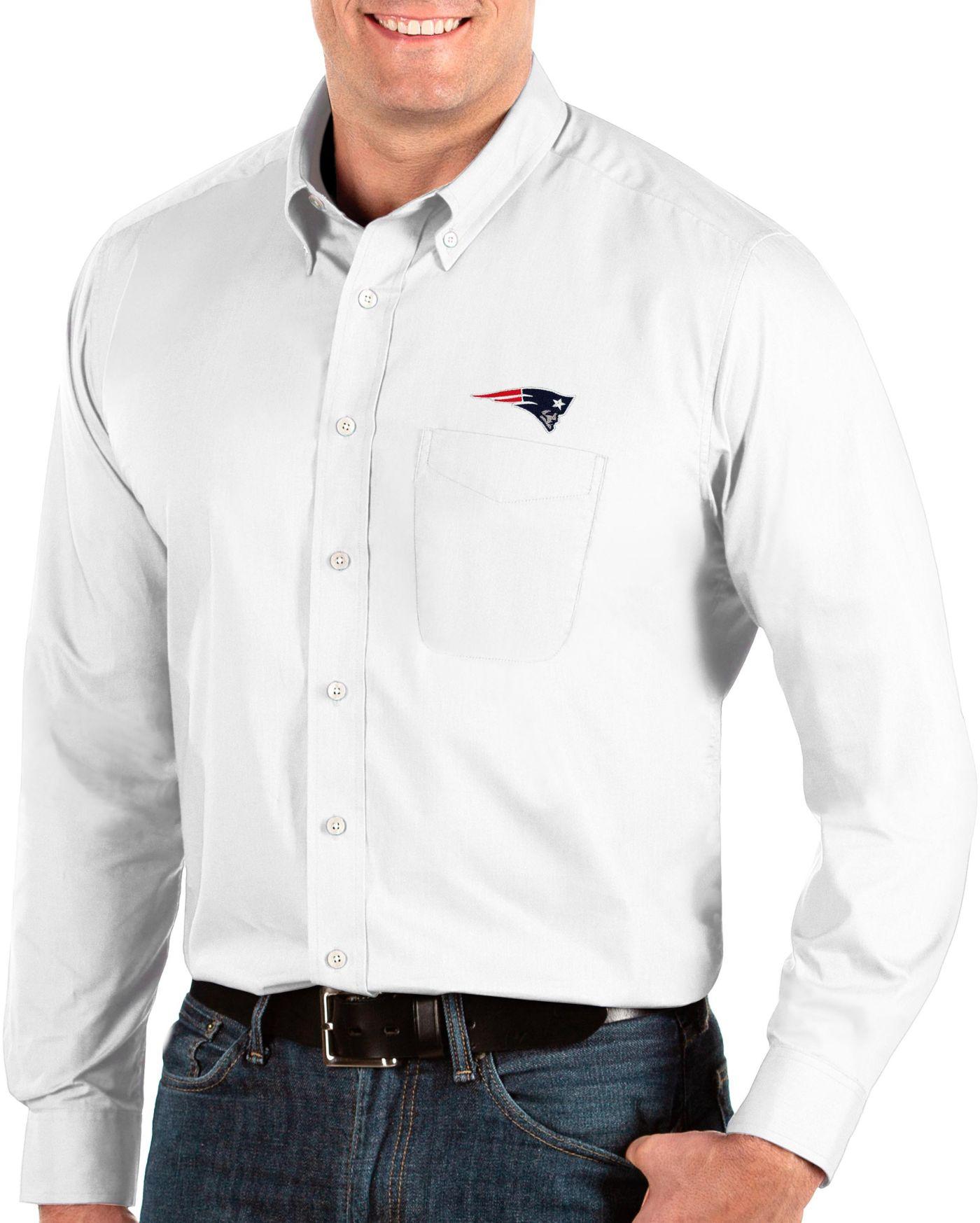 Antigua Men's New England Patriots Dynasty Button Down White Dress Shirt