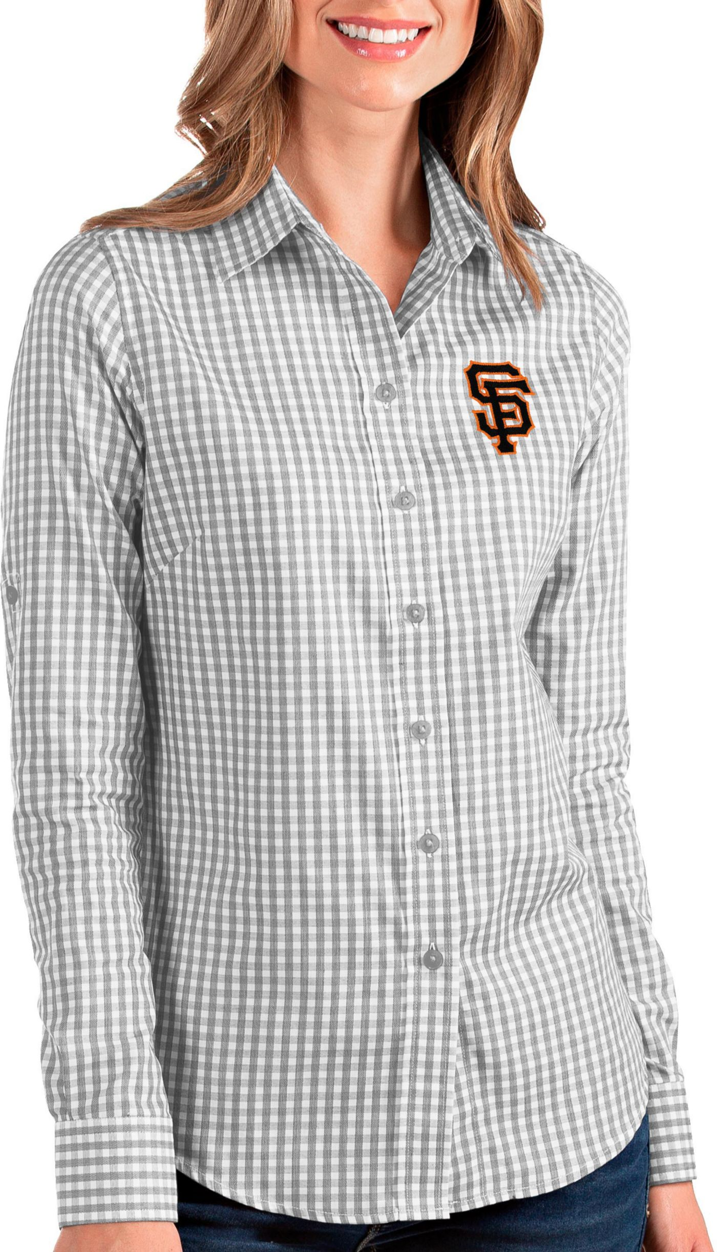 Antigua Women's San Francisco Giants Structure Button-Up Grey Long Sleeve Shirt