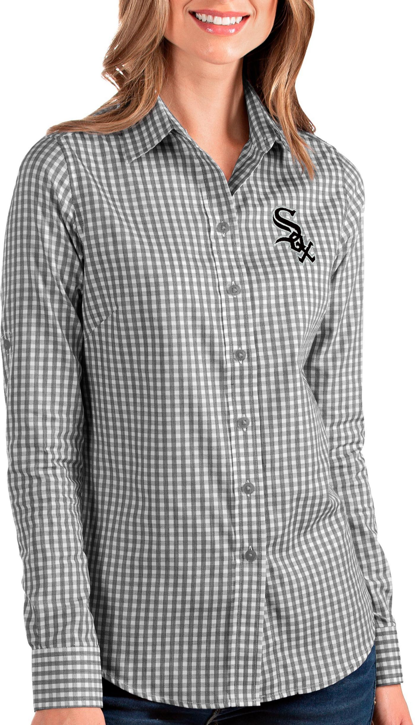 Antigua Women's Chicago White Sox Structure Button-Up Black Long Sleeve Shirt