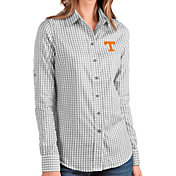 Antigua Women's Tennessee Volunteers Grey Structure Button Down Long Sleeve Shirt