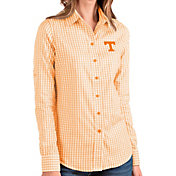Antigua Women's Tennessee Volunteers Tennessee Orange Structure Button Down Long Sleeve Shirt