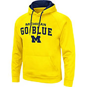 Colosseum Men's Michigan Wolverines Maize Pullover Hoodie