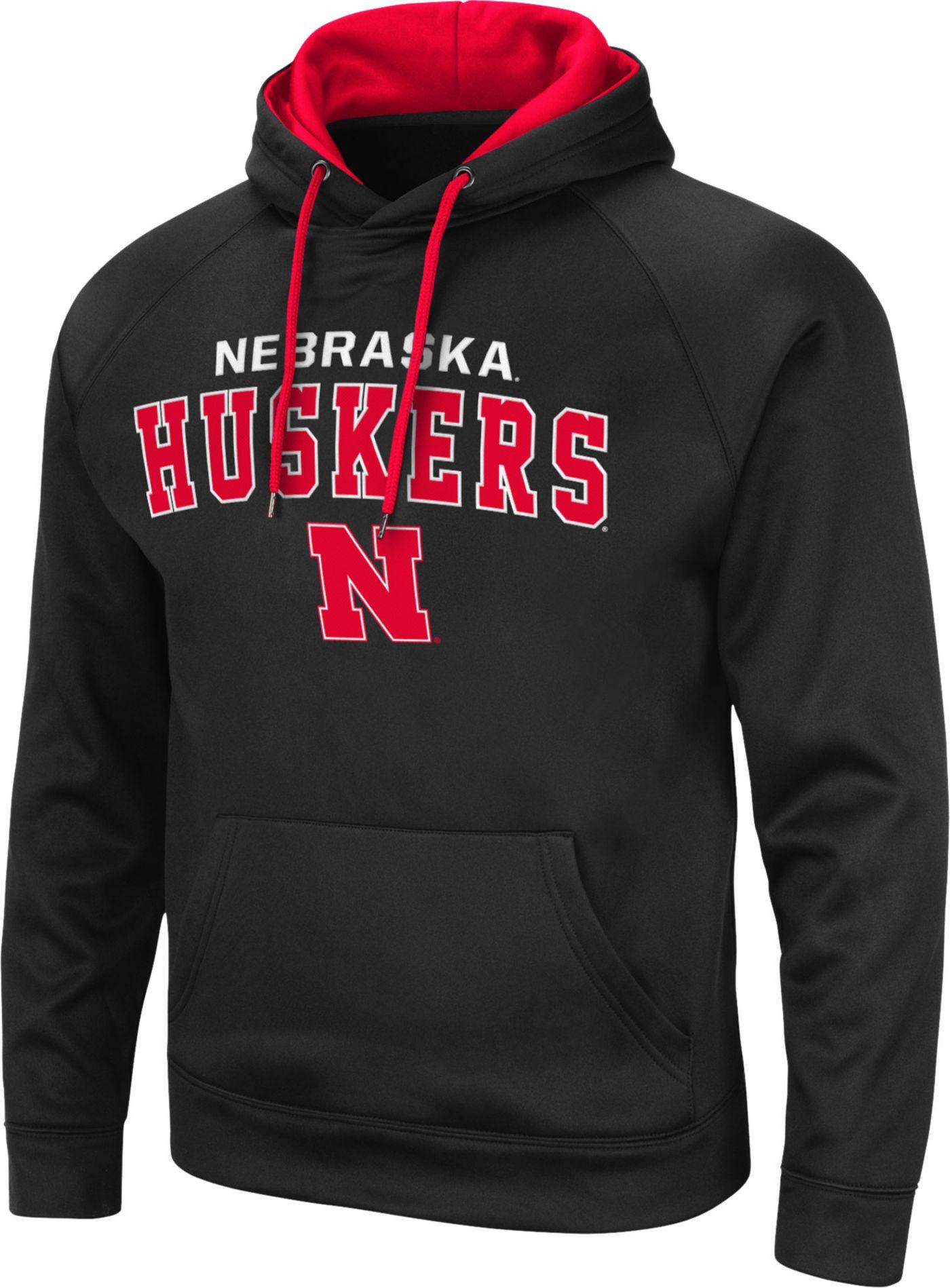 Colosseum Men's Nebraska Cornhuskers Pullover Black Hoodie
