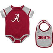 Colosseum Infant Alabama Crimson Tide Crimson Warner 2-Piece Onesie Set