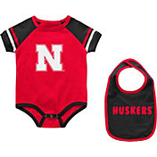 Colosseum Infant Nebraska Cornhuskers Scarlet Warner 2-Piece Onesie Set