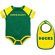 Colosseum Infant Oregon Ducks Green Warner 2-Piece Onesie Set