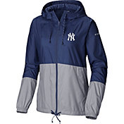 Columbia Women's New York Yankees Blue Flash Forward Windbreaker