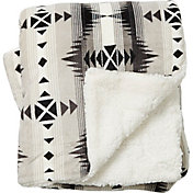 Field & Stream Cozy Southwest Sherpa Blanket