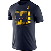 Jordan Men's Michigan Wolverines Blue Team Issue Logo Football T-Shirt