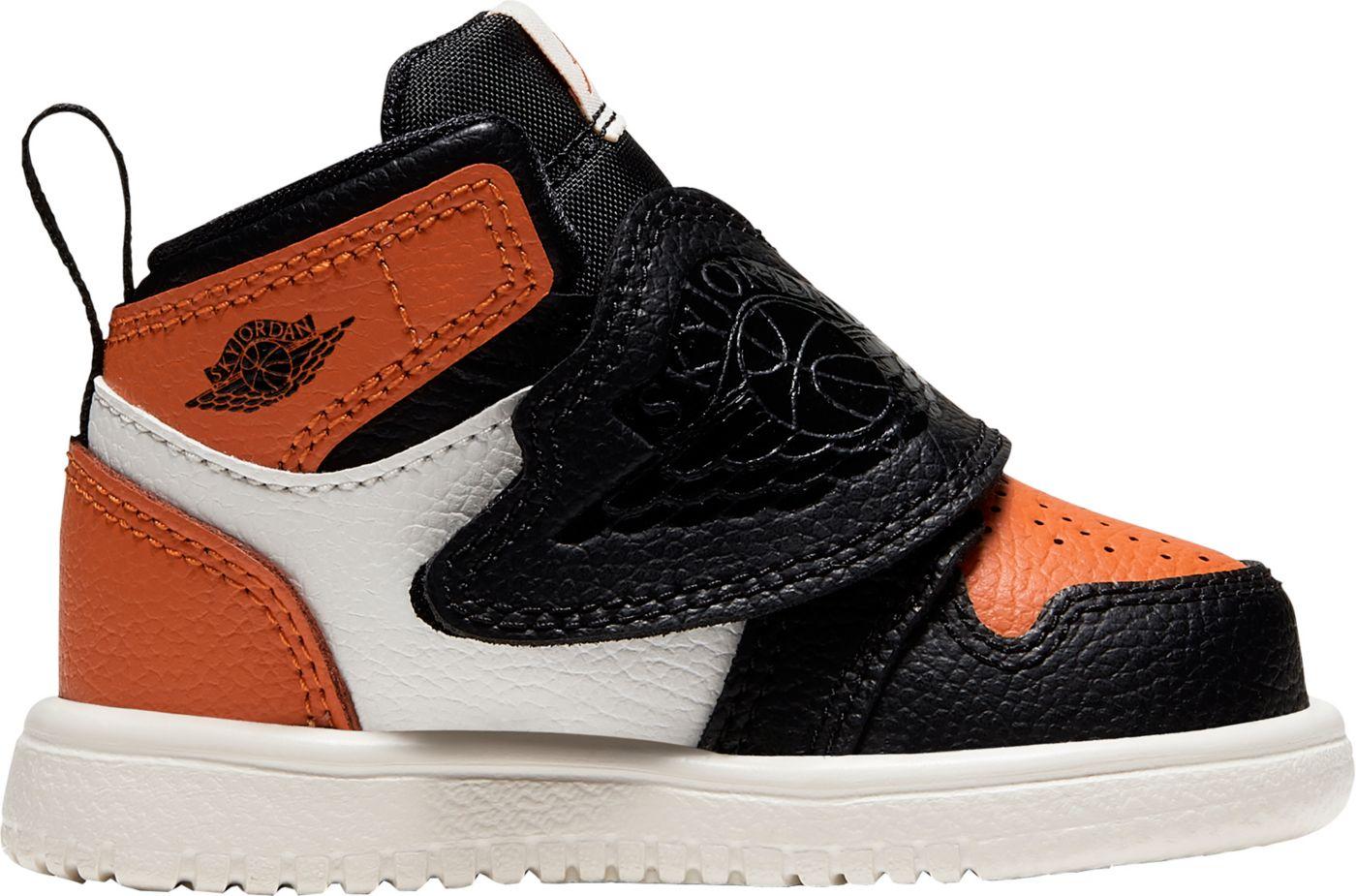 Nike Toddler Sky Jordan 1 Basketball Shoes