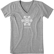 Life is Good Women's Snowflake Crusher Short Sleeve T-Shirt