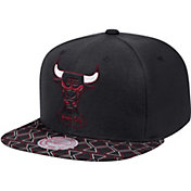 Mitchell & Ness Men's Chicago Bulls Adjustable Snapback Hat