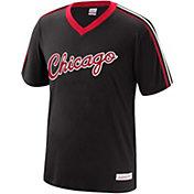 Mitchell & Ness Men's Chicago Bulls Overtime V-Neck Shirt