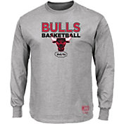 Mitchell & Ness Men's Chicago Bulls Long Sleeve Logo T-Shirt