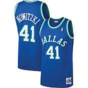 Mitchell & Ness Men's Dallas Mavericks Dirk Nowitzki #41 Swingman Jersey