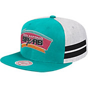 Mitchell & Ness Men's San Antonio Spurs Classic Adjustable Snapback Hat