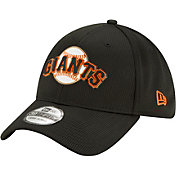 New Era Men's San Francisco Giants Black 39Thirty Clubhouse Stretch Fit Hat