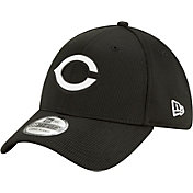 New Era Men's Cincinnati Reds Black 39Thirty Clubhouse Stretch Fit Hat