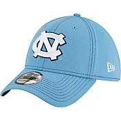 New Era Men's North Carolina Tar Heels Carolina Blue Sideline Road 39Thirty Stretch Fit Hat