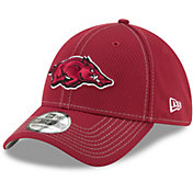 New Era Men's Arkansas Razorbacks Cardinal Sideline Road 39Thirty Stretch Fit Hat