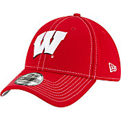New Era Men's Wisconsin Badgers Red Sideline Road 39Thirty Stretch Fit Hat