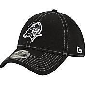 New Era Men's Tampa Bay Buccaneers Sideline Road 39Thirty Stretch Fit Black Hat
