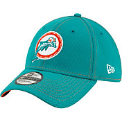 New Era Men's Miami Dolphins Sideline Road 39Thirty Stretch Fit Hat