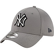 New Era Men's New York Yankees Gray 39Thirty Clubhouse Stretch Fit Hat