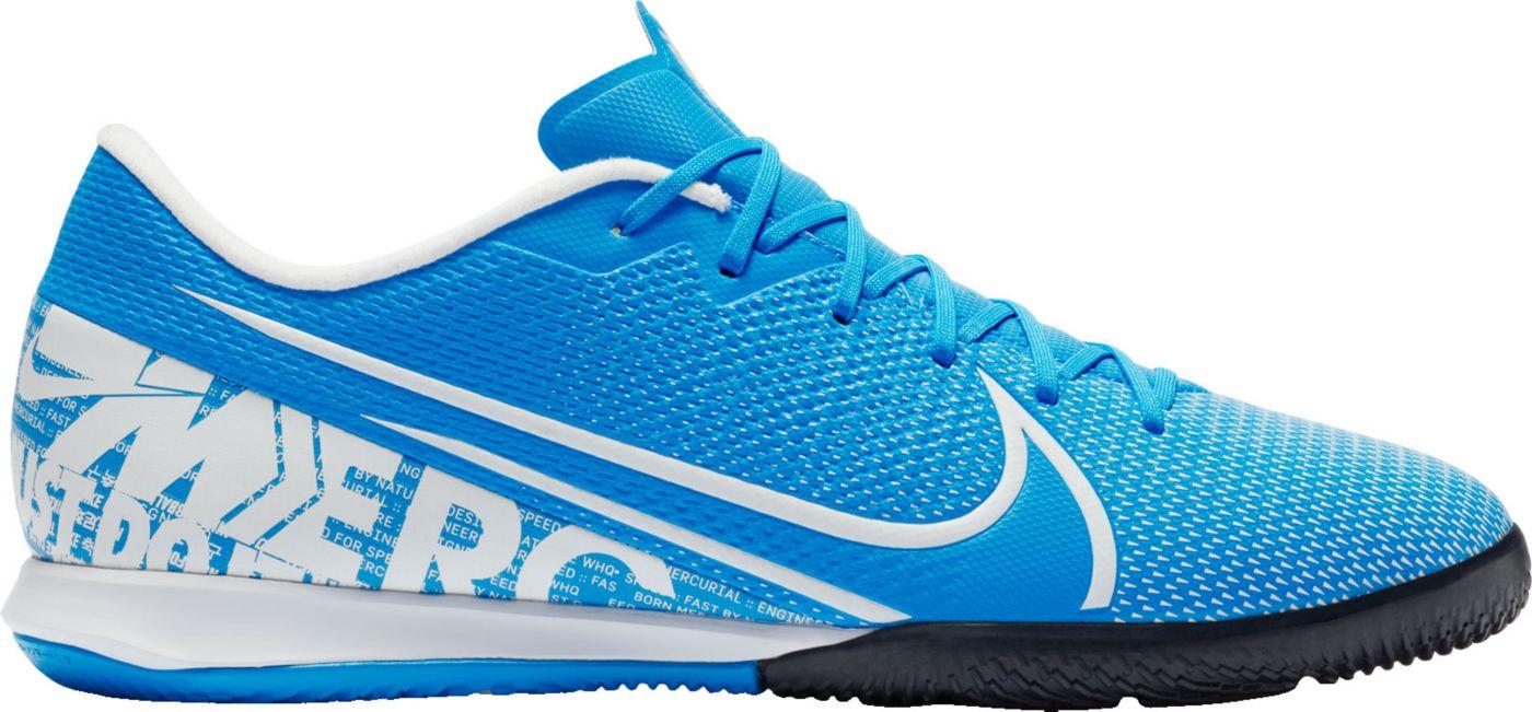 Nike Mercurial Vapor 13 Academy Indoor Soccer Shoes