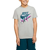 Nike Boys' Sportswear Melted Crayon Graphic T-Shirt