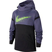 Nike Boys' Therma Graphic Hoodie in Sanded Purple/Black/E Grn