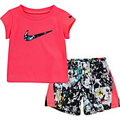 Nike Little Girls' Dri-FIT Graphic T-Shirt and 10K Shorts Set