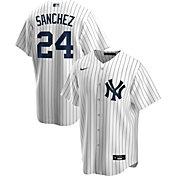 Nike Men's Replica New York Yankees Gary Sanchez #24 White Cool Base Jersey