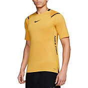 Nike Men's AeroAdapt Training Short Sleeve Top