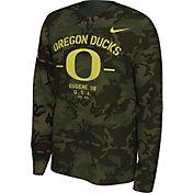 Nike Men's Oregon Ducks Camo Veteran Long Sleeve T-Shirt