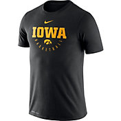 Nike Men's Iowa Hawkeyes Basketball Legend Black T-Shirt