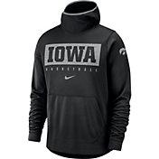 Nike Men's Iowa Hawkeyes Spotlight Pullover Basketball Black Hoodie