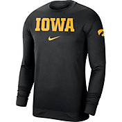 Nike Men's Iowa Hawkeyes Dri-FIT Spotlight Long Sleeve Basketball Black T-Shirt