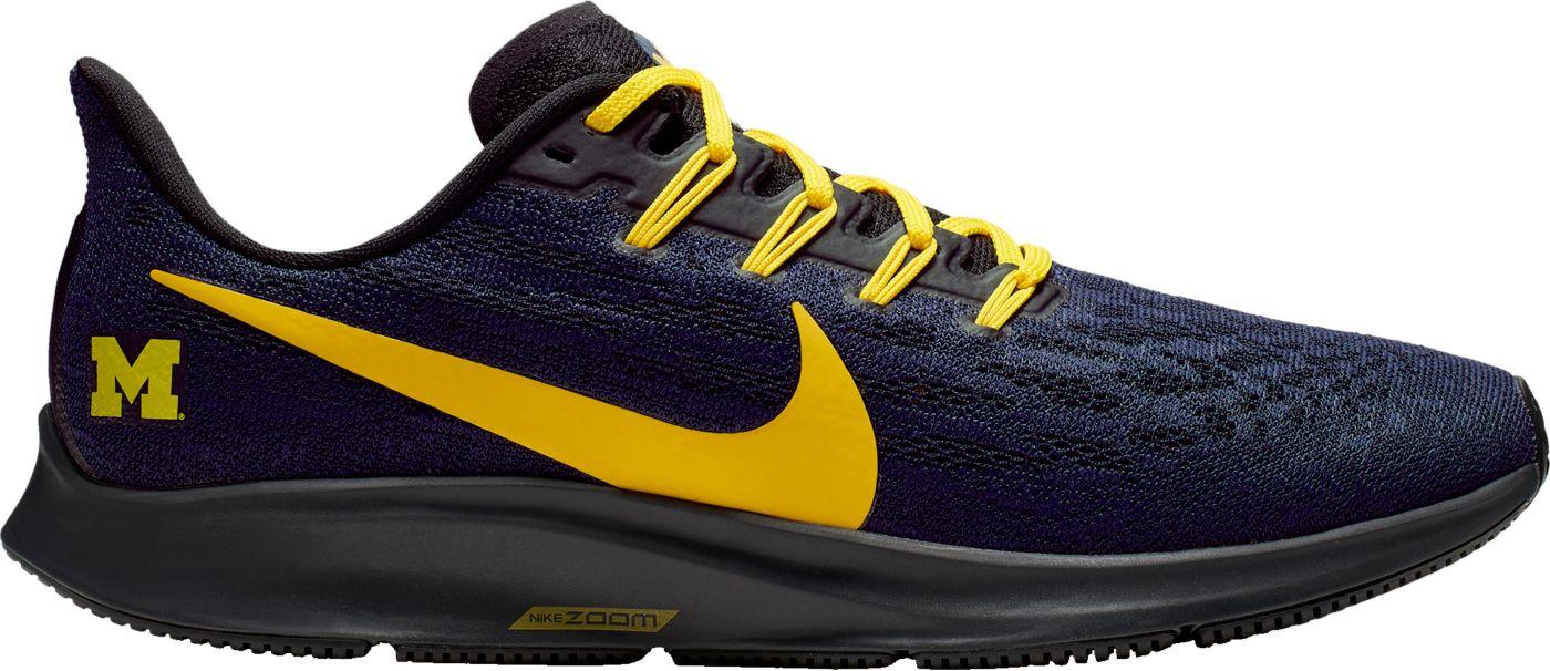 Nike Men's Michigan Air Zoom Pegasus 36 Running Shoes