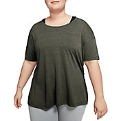 Nike Women's Plus Size Dri-FIT Short Sleeve Yoga Training Top