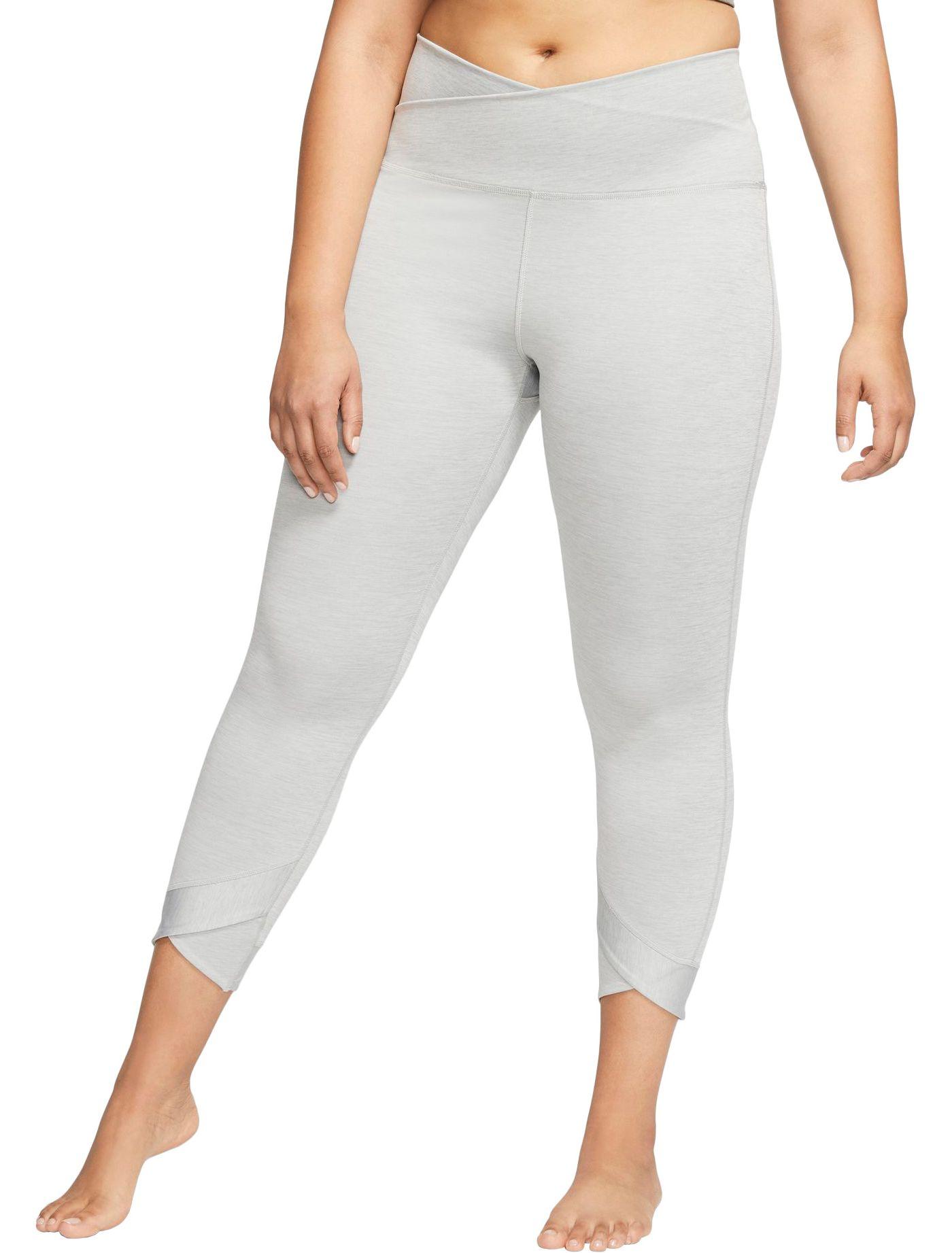 Nike Women's Plus Size Yoga Wrap 7/8 Tights