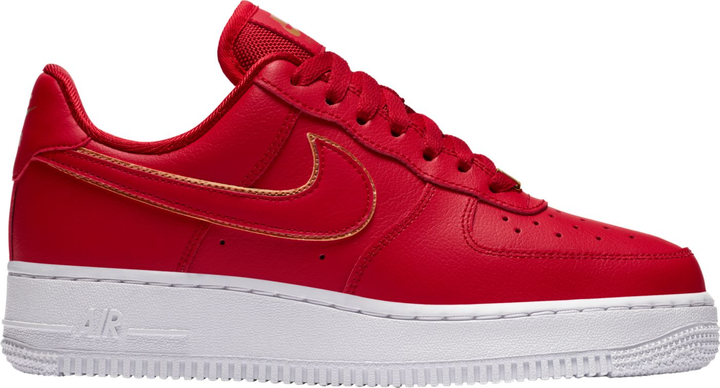 Nike Women's Air Force 1 '07 Essential Shoes