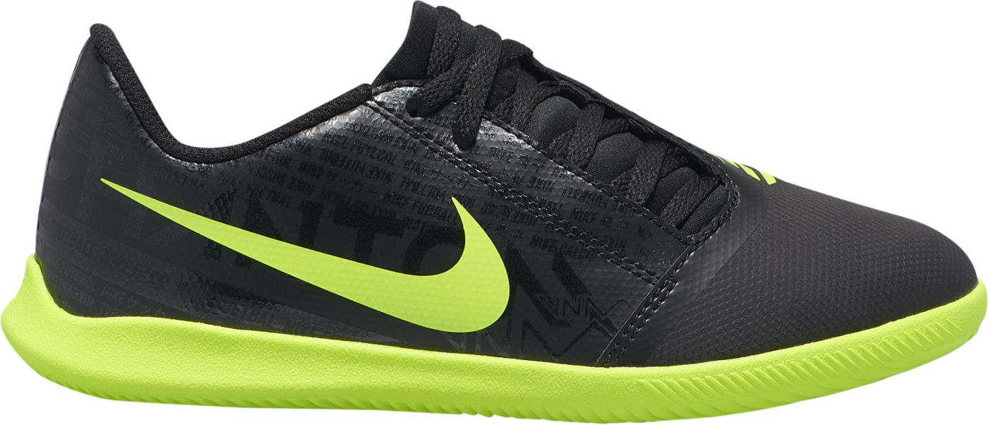 Nike Kids' Phantom Venom Club Indoor Soccer Shoes