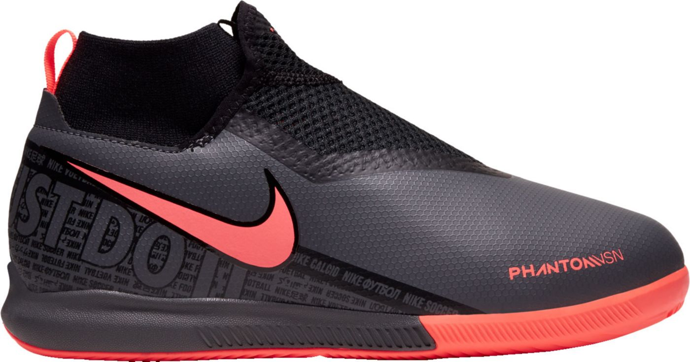 Nike Kids' Phantom Vision Academy Dynamic Fit Indoor Soccer Shoes