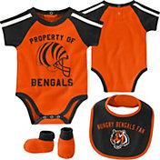NFL Team Apparel Infant Cincinnati Bengals Bib/Booties Set