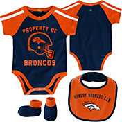 NFL Team Apparel Infant Denver Broncos Bib/Booties Set