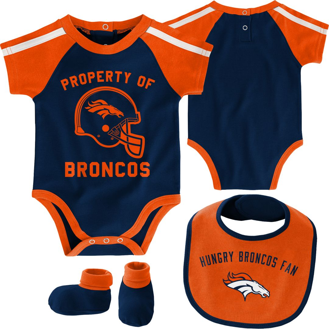 online store a4868 a2d5f NFL Team Apparel Infant Denver Broncos Bib/Booties Set