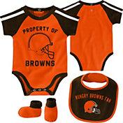 NFL Team Apparel Infant Cleveland Browns Bib/Booties Set