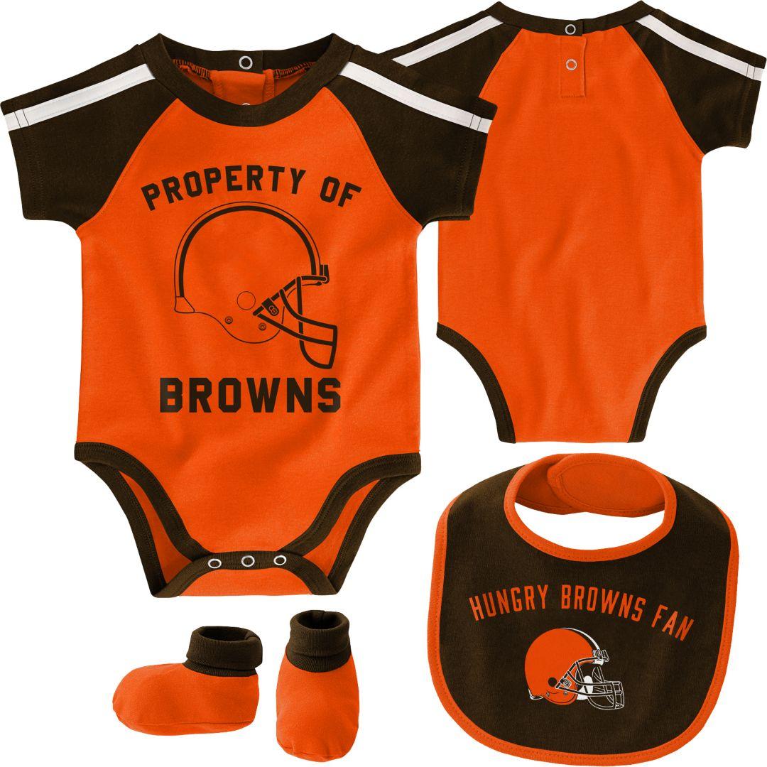 separation shoes 1bdc8 d68af NFL Team Apparel Infant Cleveland Browns Bib/Booties Set